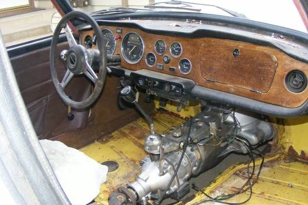 cheap-tr6-interior