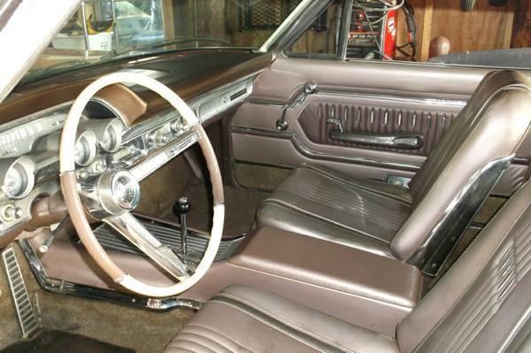 lustre-survivor-1963-mercury-marauder-interior