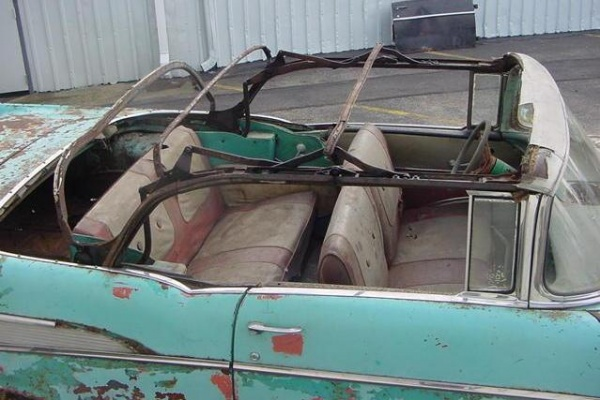 rusted-out-1957-chevy-convertible-interior