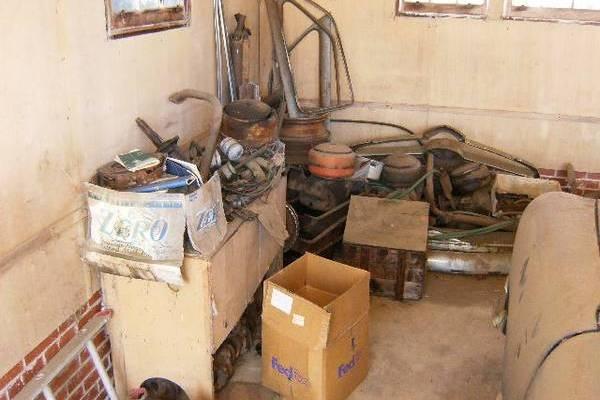 shoebox-barn-find-parts-stash