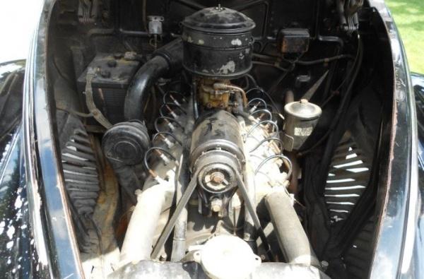 1939-Lincoln-Zephyr-V-12-engine