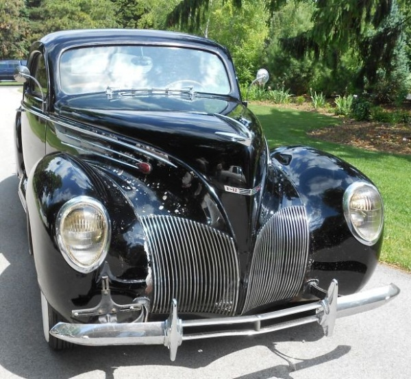 1939-Lincoln-Zephyr-grill