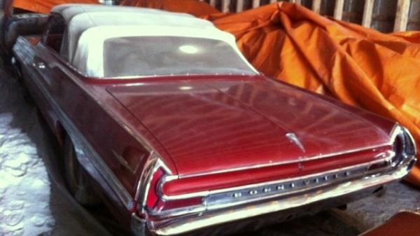 topless 1962 pontiac bonneville barn find. Black Bedroom Furniture Sets. Home Design Ideas