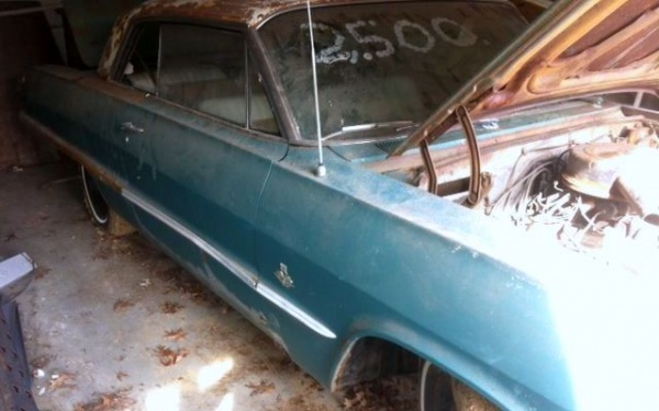 1963-chevrolet-impala-barn-find-side-view