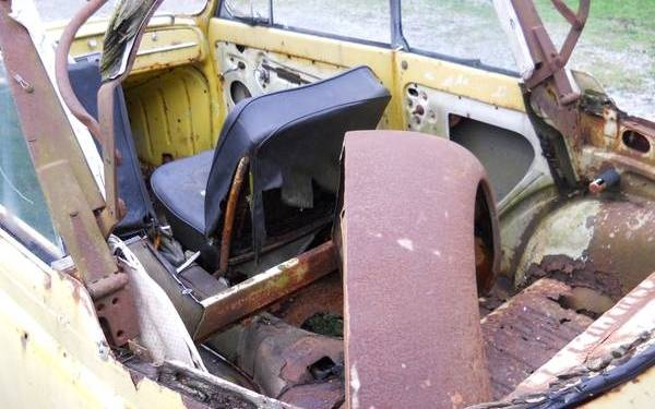 1964-beetle-convertible-project-interior
