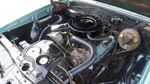 1966-Pontiac-Le-Mans-326-v8