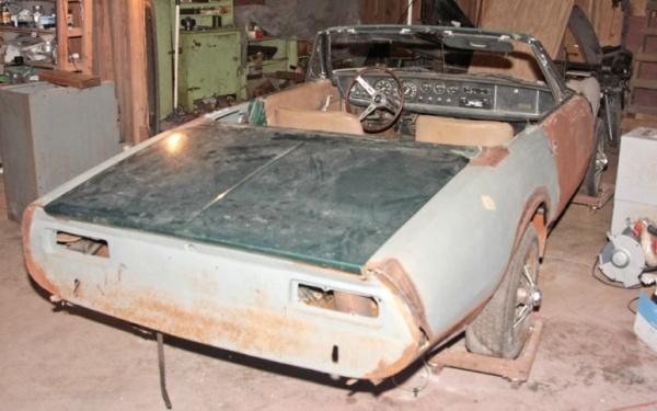 1967-Ghia-450-SS-rear