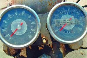 1968-T100-R-gauges