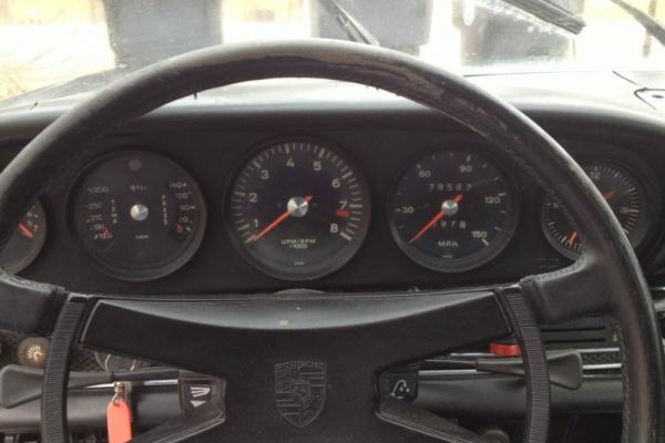 1969-Porsche-911S-gauges