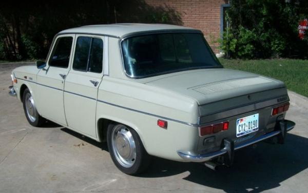 1971-Renault-R-10-rear