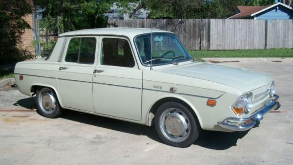 1971-Renault-R-10