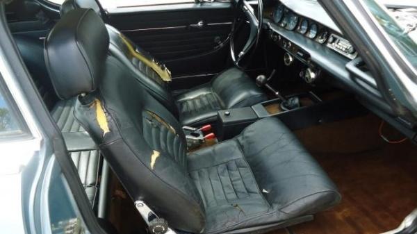 1971-Volvo-1800E-interior