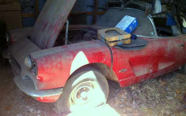 Sports Cars For Sale >> Fuelie Wannabe: 1961 Corvette Barn Find