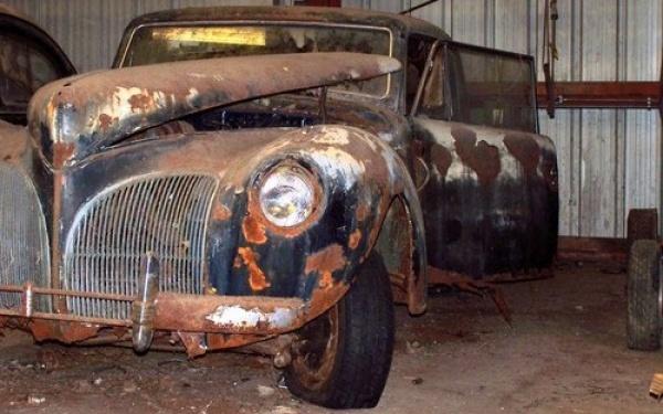 1941-Lincoln-Continental