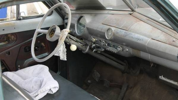 1950-shoebox-ford-interior