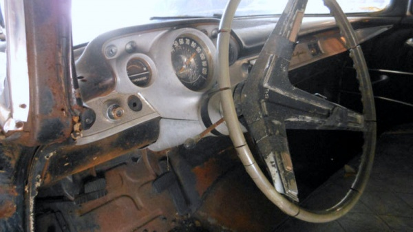 1957-chevy-bel-air-coupe-project-interior