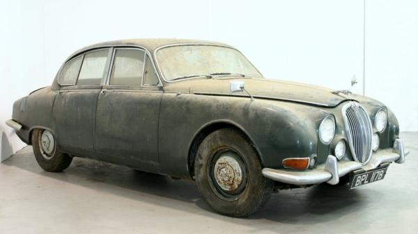 1964-jaguar-s-type-barn-find-front
