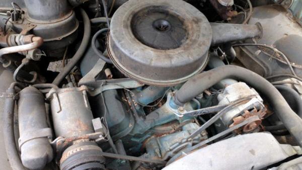 1967-pontiac-lemans-engine