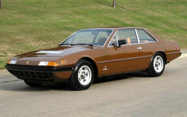 1974-Ferrari-365-GT4