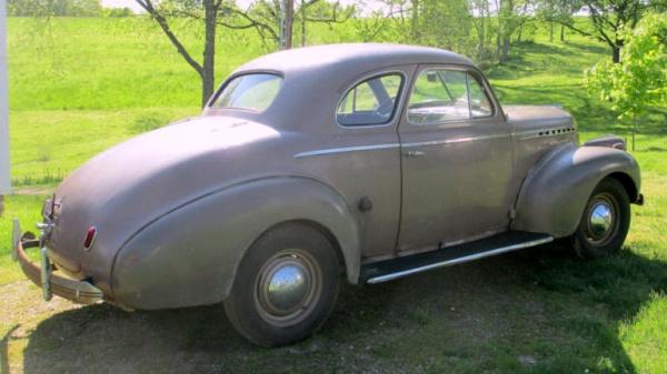 family-heirloom-1940-chevrolet-special-deluxe-rear-corner