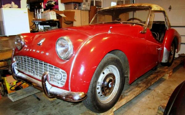 garaged-1961-triumph-tr3a