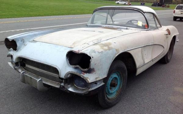 mostly-complete-1961-corvette