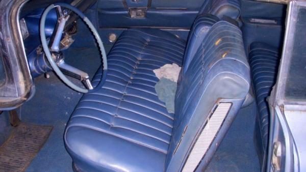 1959-cadillac-convertible-series-62-interior