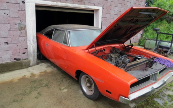 Probable Barn Find 1970 Dodge Charger R T