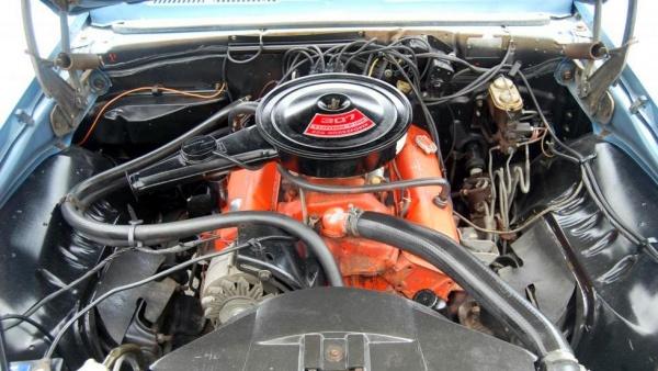 pampered-1969-chevy-camaro-engine