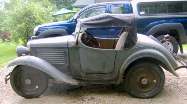 rare-1931-american-austin-roadster-side-view