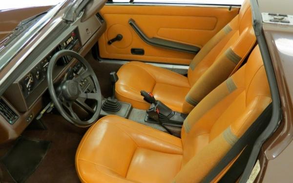 1979-Fiat-X1-9-interior