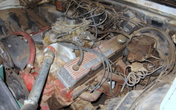 rusty-pony-1969-chevy-camaro-z28-motor