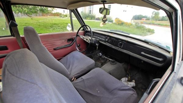 1968-volvo-142s-interior-barn-find