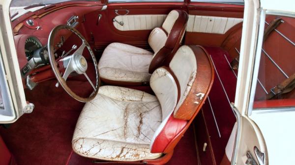 italian-from-detroit-1953-hudson-italia-prototype-interior