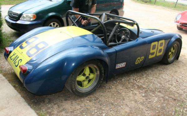 mga-race-car-side