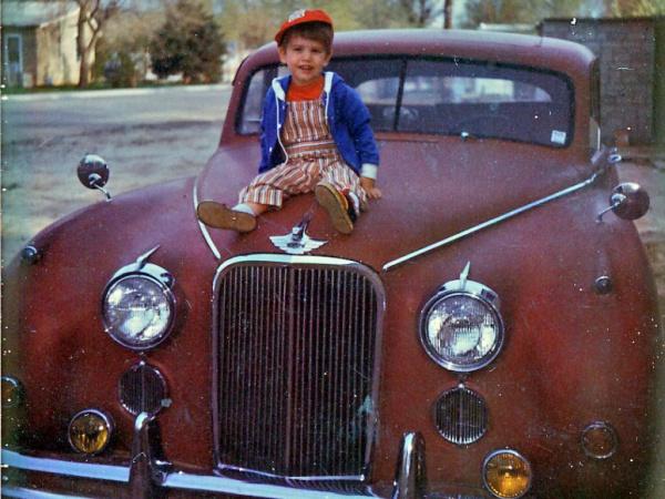 old-photo-of-1954-jaguar-mkii-m