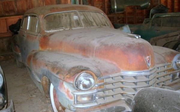 rusty-luxury-1947-cadillac-series-62