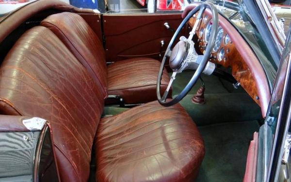 1953-alvis-healey-interior