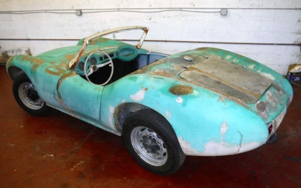 1960-devin-d-rear-corner