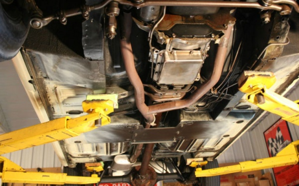 1965-Mustang-undercarriage