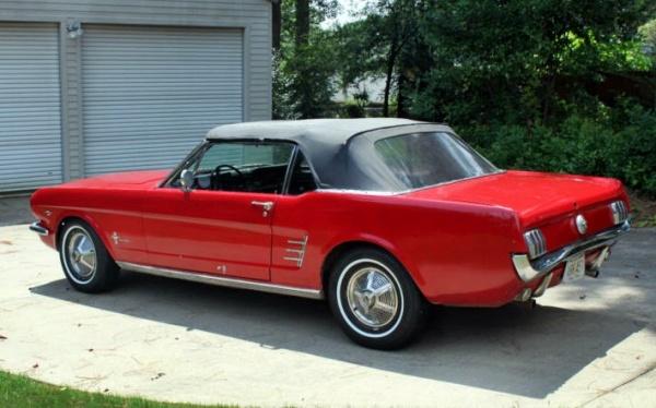 1966-ford-mustang-convertible-rear-corner