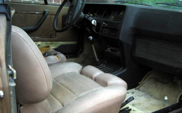 1978-renault-gordini-interior