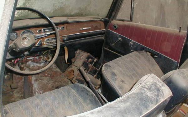 bmw-1800-interior