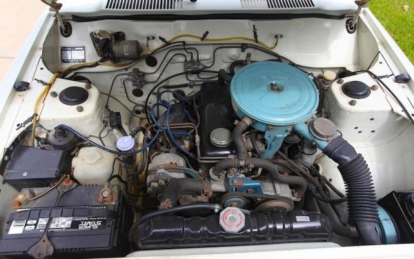 datsun-210-engine-bay