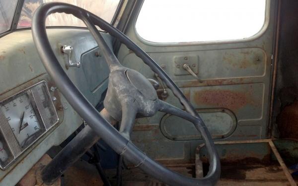 1938-international-truck-interior