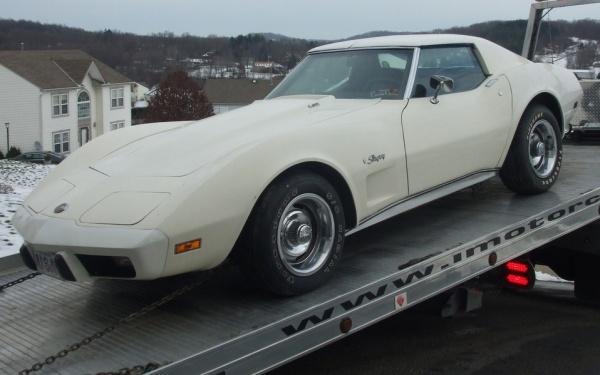1975-corvette-l82-loaded