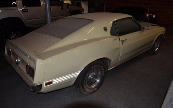 1969-Ford-Mustang-Mach-1-rear
