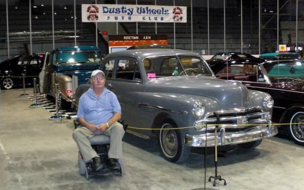 Dusty-wheels-car-show