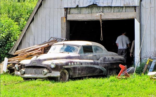 Roadmaster-barn-find