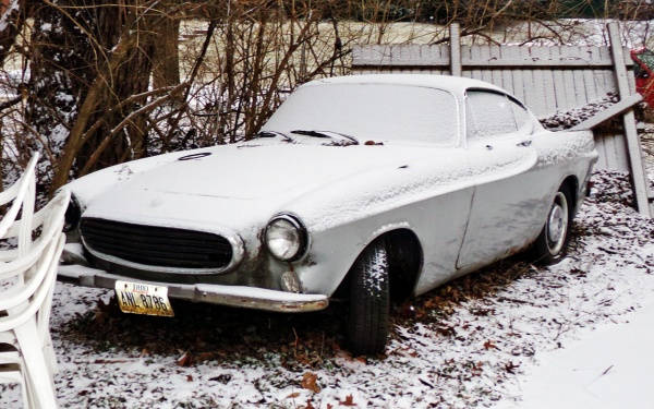snow-covered-volvo